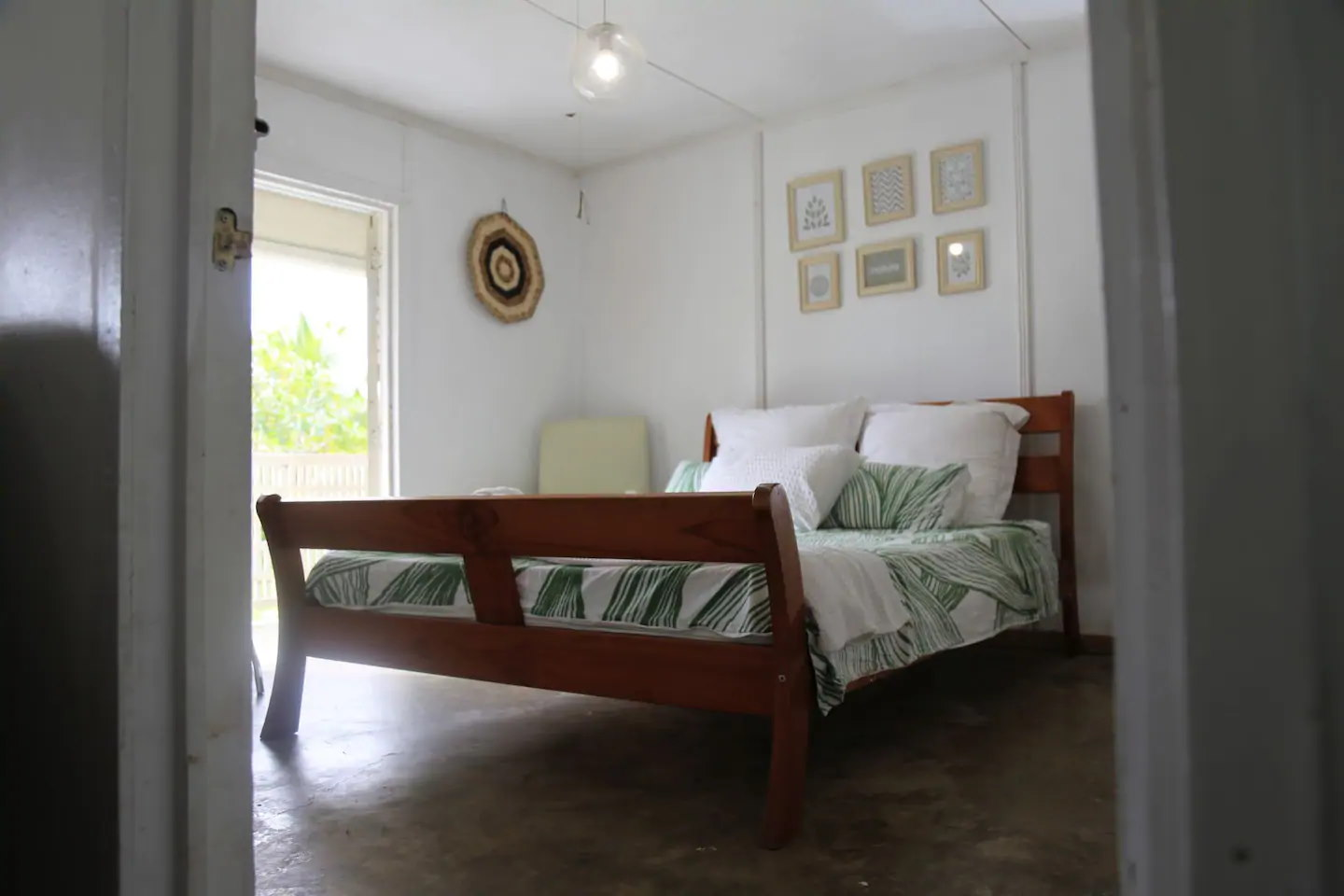10 Best Accommodation in Alofi for Foodies